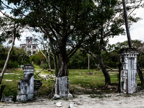 Canon G1X, Bahamas 2013. An old deserted manor near the Fish Fry.